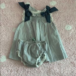 Other - Adorable smoke baby dress